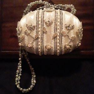 Women's Mary Frances Shoulder Bag